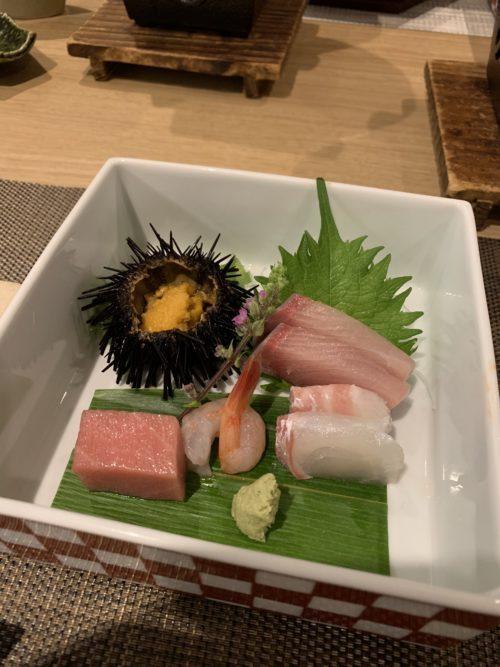 有名な老舗の宿「和倉温泉 加賀谷」の部屋や温泉・食事など4