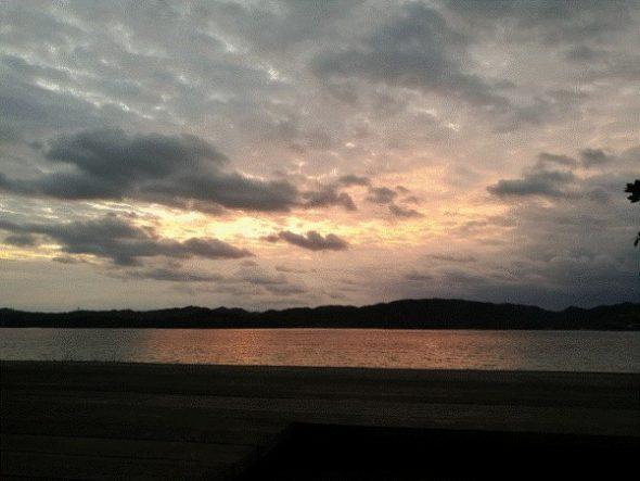 ネストアット奄美のアウトドアバス&部屋などを写真・動画で紹介10
