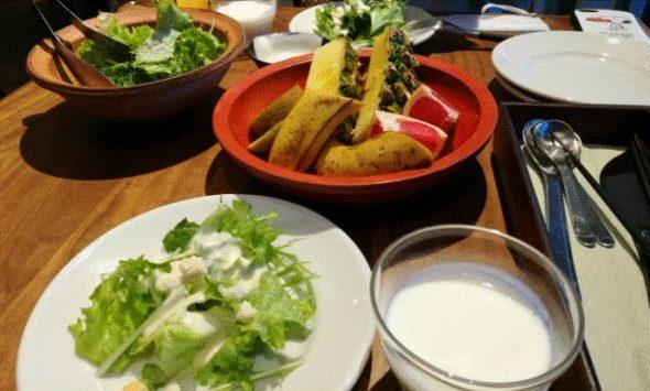 ネストアット奄美のレストラン「アマナリ」の朝食と夕食を紹介2