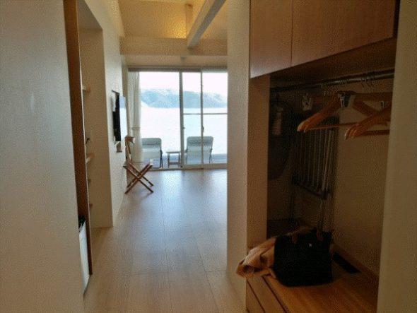ネストアット奄美のアウトドアバス&部屋などを写真・動画で紹介5