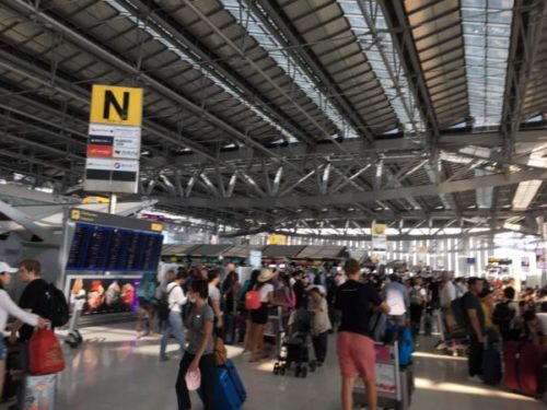【タイ・バンコク】スワンナプーム空港のおすすめ土産6選