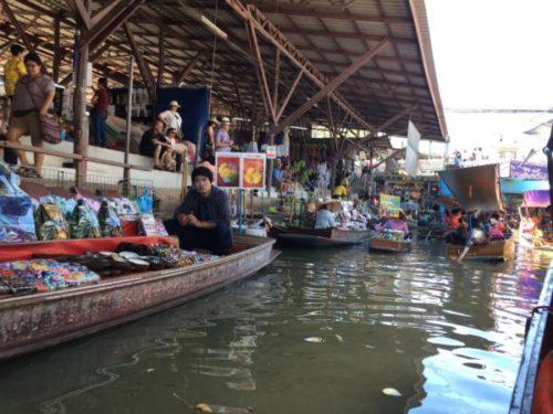 バンコクから行く水上マーケットはダムヌンサドゥアックがおすすめ6
