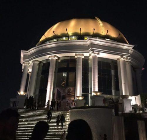 バンコクのホテル「ルブア」のルーフトップバーで夜景を満喫しよう1
