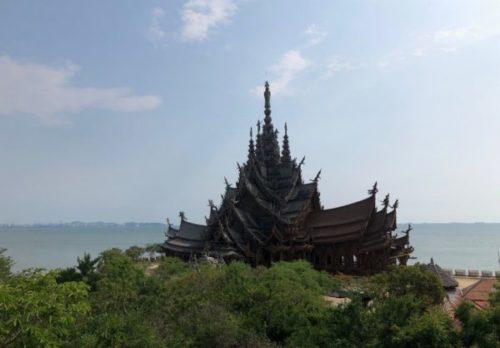 パタヤの巨大寺院!?「サンクチュアリー・オブ・トゥルース」は圧巻1