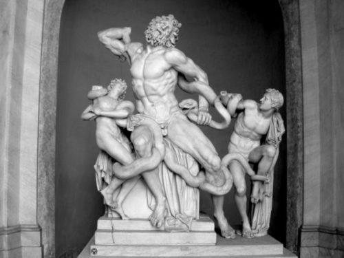 ピオ・クレメンティーノ美術館のラオコーン像