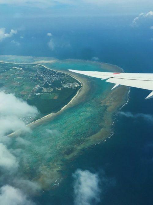 飛行機から見た石垣島・川平湾の絶景