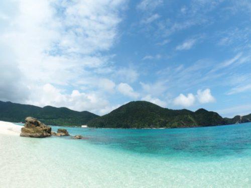 ハナリ島のケラマブルーの海3