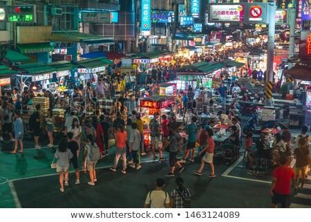 台北の士林夜市の人混み