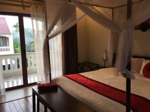 ホイアンのおすすめホテル「Village Lodge」のジュニアスイートルーム1
