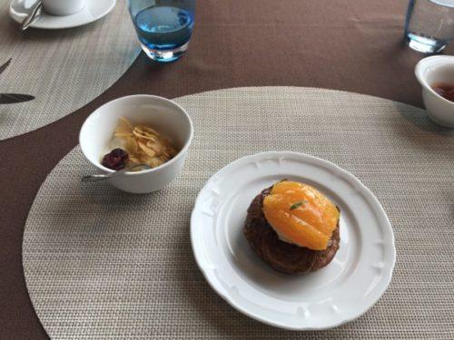 屋久島のサンカラホテルの「アヤナ」でモーニング2