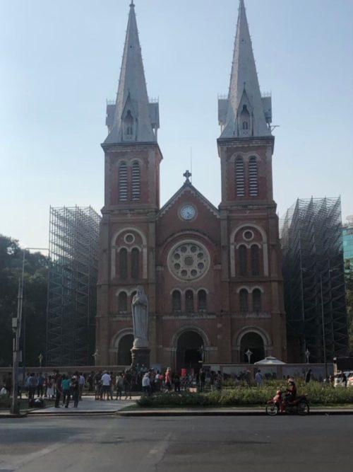 ベトナムのノートルダム「サイゴン大聖堂」!改修工事はいつまで?4