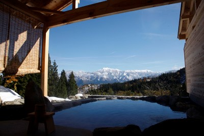 新潟県にある高級温泉宿「里山十帖」をレビュー!コンセプトが違う12部屋と田舎の自然を楽しもう1